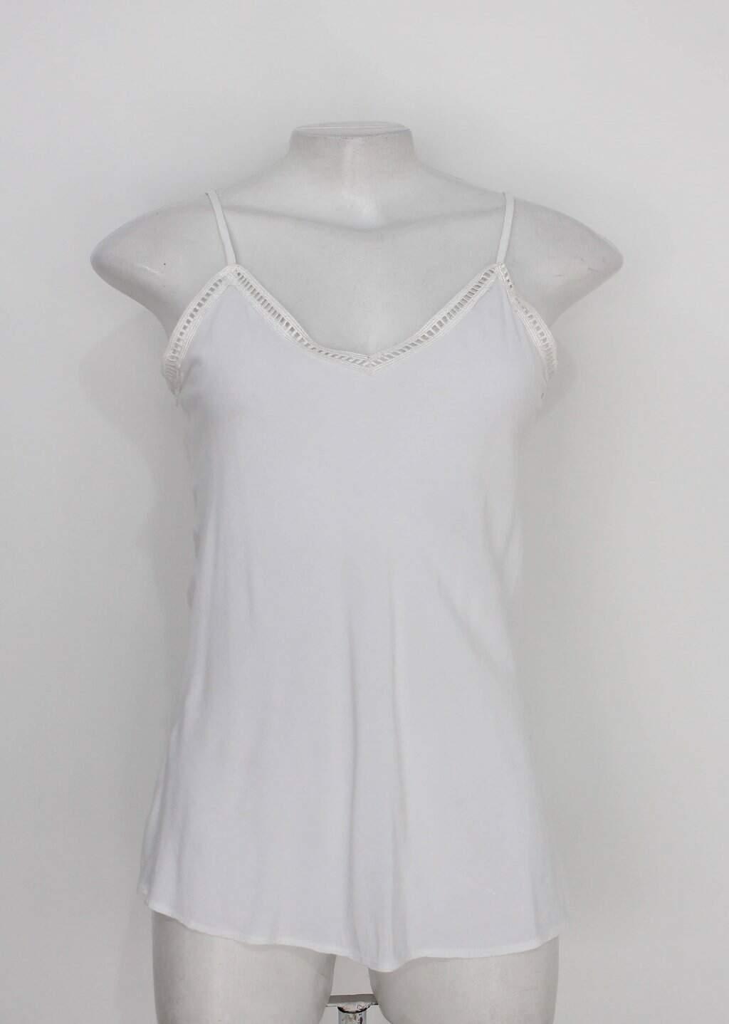 Blusa feminina branca com Renda