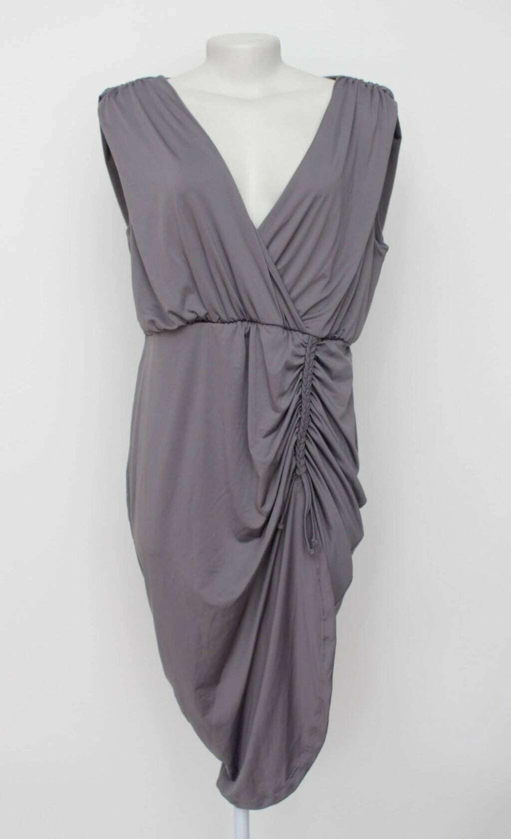 Vestido cinza drapeado bonprix