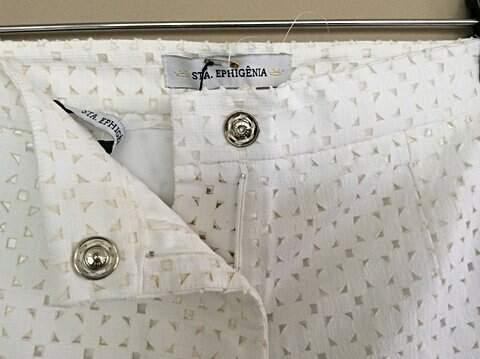 Shorts Branco Remy 2 - Sta. Ephigênia_foto de costas