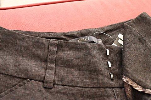 Calça de Linho Marrom - Animale_foto da etiqueta