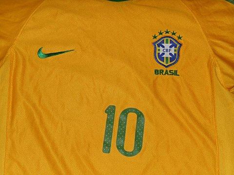 Camisa do Brasil Authentic 2010_foto de detalhe