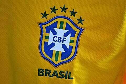 Camisa do Brasil Authentic 2010_foto de costas