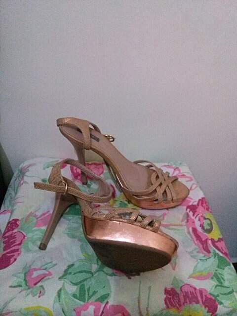 Sandália Ouro Velho_
