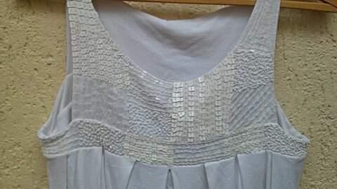 Blusa Branca com Paetê _