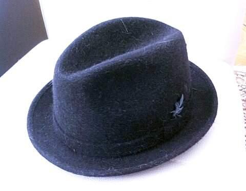Chapéu de Feltro, Prada_