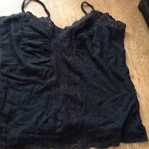 Blusa Preta de Alcinha_