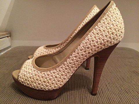 Peep Toe de Crochê lindo - tamanho 35_