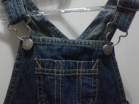 Jardineira Jeans Infantil Caster_foto de frente