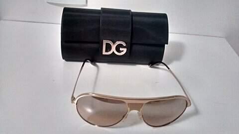 Óculos de Sol Dourado Dolce & Gabbana DG2090_foto de costas