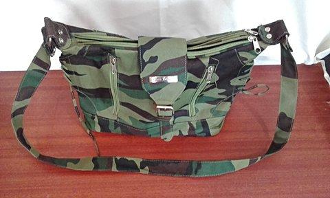 Bolsa Estampa Camuflagem _foto de costas