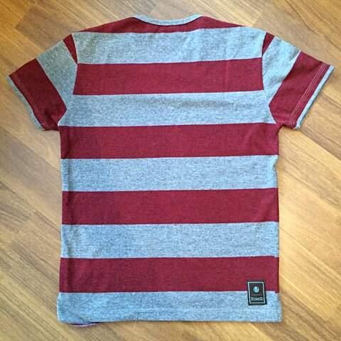 Camiseta listrada Hermoso Compadre_foto de frente