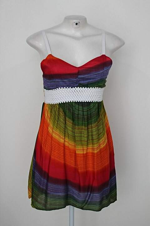 Vestido feminino estampado com Bordado e lastex nas costas colorido _foto principal