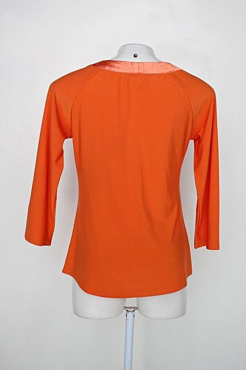 Blusa feminina laranja com Drapeado_foto de detalhe