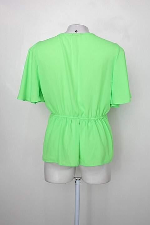 Blusa ellissay feminina verde neon _foto de costas