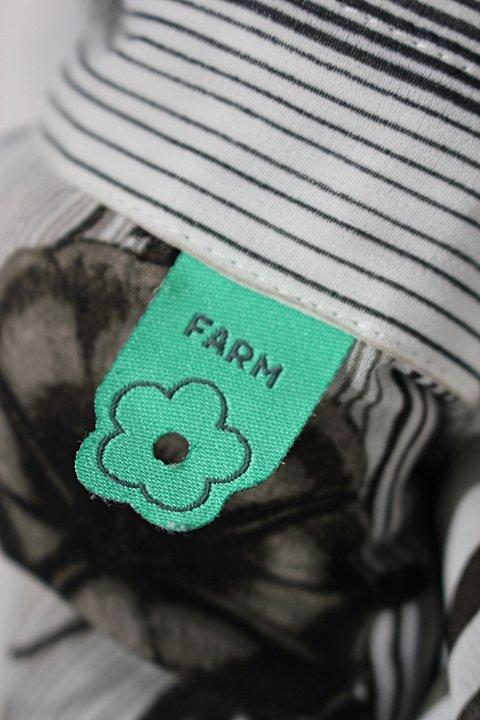 Camisa farm feminina estampada_foto de detalhe