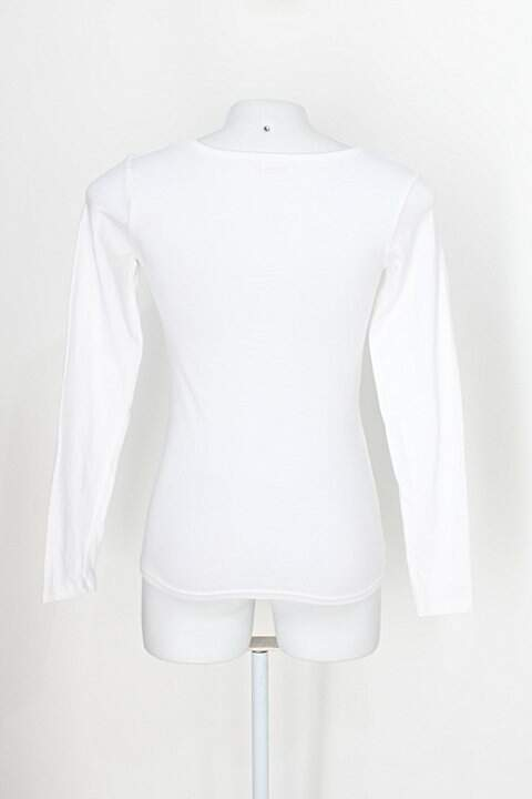 Blusa básica sumey feminina off-white manga longa_foto de costas