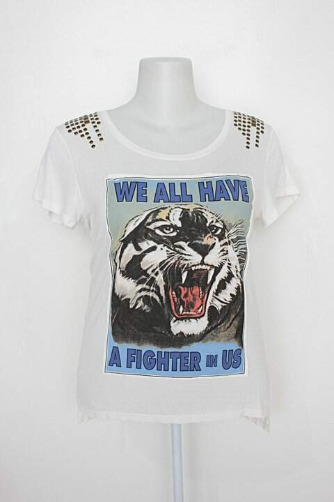 T-shirt le lis blanc feminina estampada com Aplique_foto principal