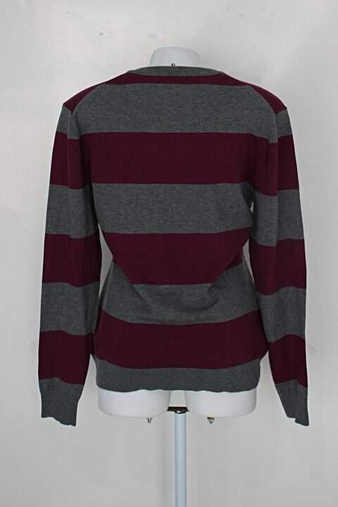 Suéter polo feminina listra cinza/roxo_foto de costas