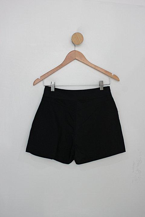Shorts Saia dimy brand feminino preto c/ pregas _foto de costas