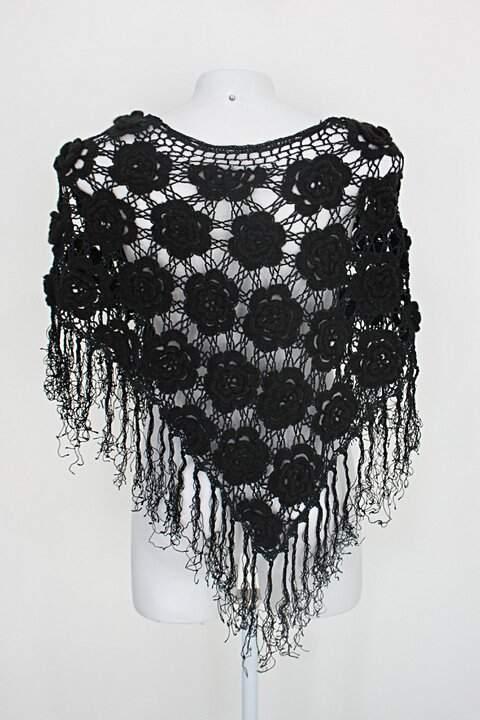 Bolero de croche feminina preto com Bordado_foto de detalhe
