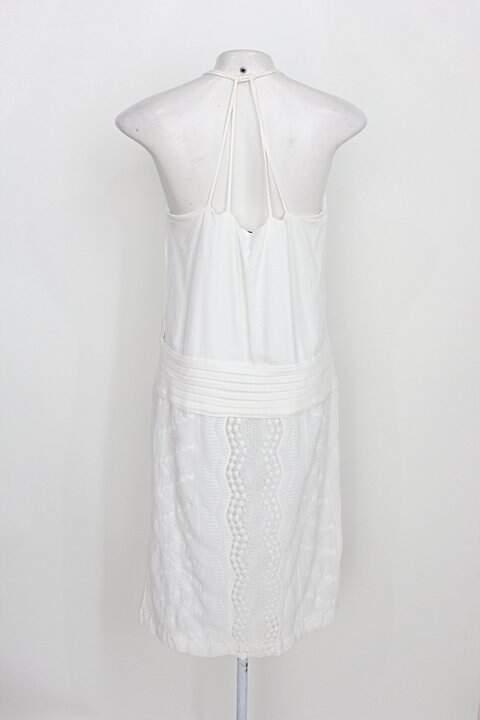 Vestido lucidez feminino branco com Renda_foto de costas