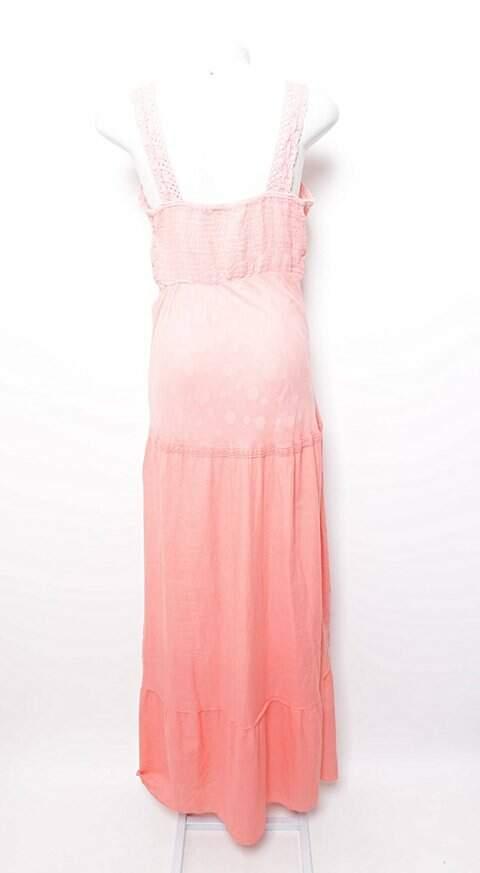 Vestido Longo Texturizado e Vazado Rosa_foto de frente