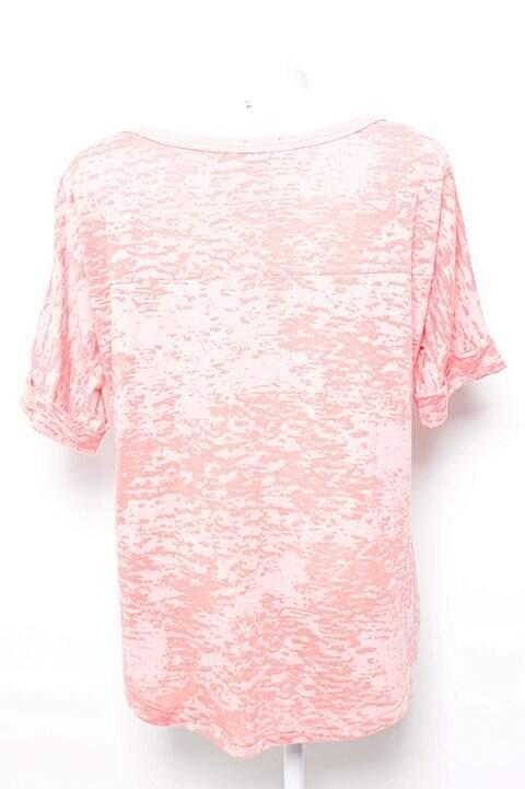 Camiseta Ampla Rosa Flamê_foto de frente