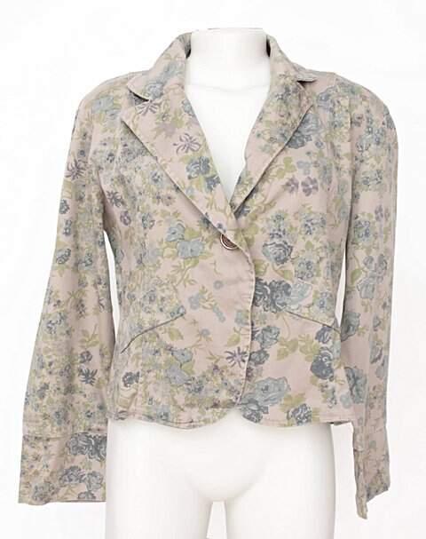 ccb1895a71 Blazer Feminino Com Estampa Floral - compre por menos