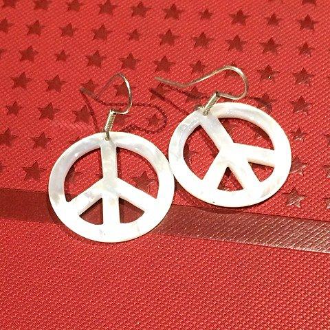 Brinco Peace Prata_