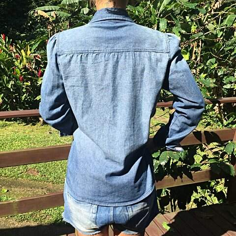 Camisa Jeans escura Hering  _outra foto