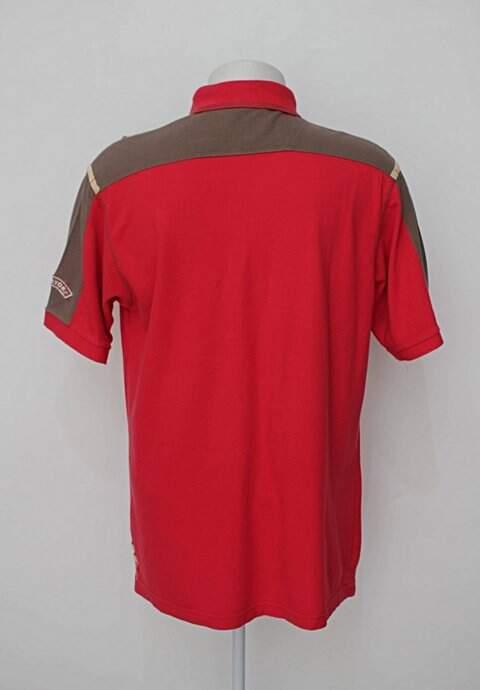 Camisa Polo vermelha aleatory_foto de costas
