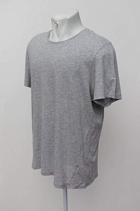 Camiseta cinza mescla track & field_foto de costas