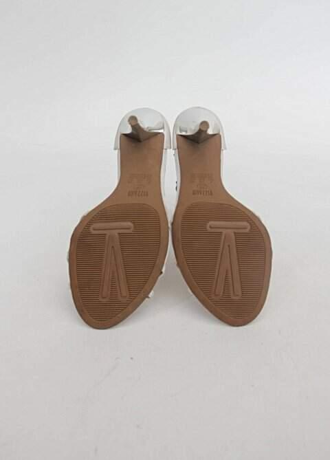 Sandália branca com strass vizzano_foto de detalhe