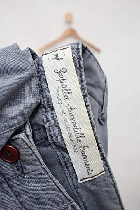 Calça de sarja azul zapãlla_foto de detalhe