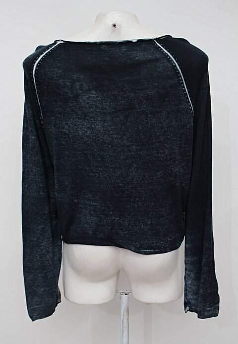 Blusa azul estonada farm_foto de costas